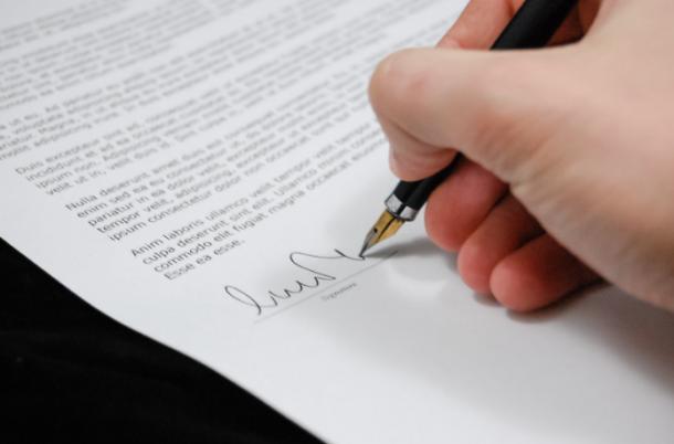 5 Best Contract Lawyers in Birmingham