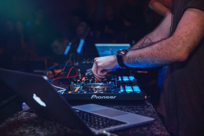 5 Best DJs in Leeds
