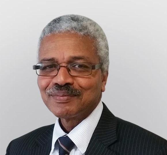 Mr Kenneth Graham
