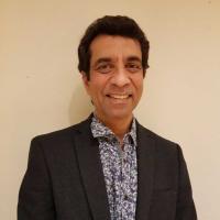 Dr Kapil Kapur