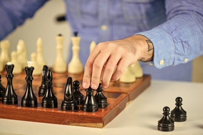 Best Chess Sets To Buy in the UK
